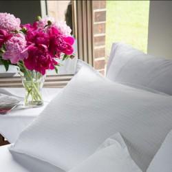 Lenjerie de pat din bumbac alb Crepe